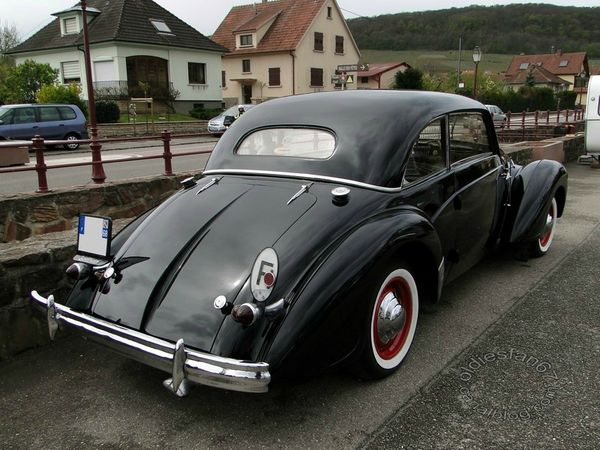 Rosengart Supertraction Coupe 1939 b