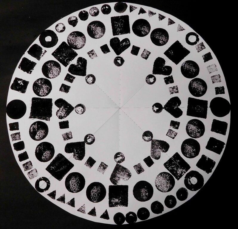 222_Noir et blanc_Mandala en solo ou en duo (43)