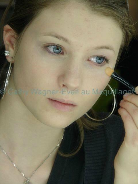 ados © Eveil au maquillage