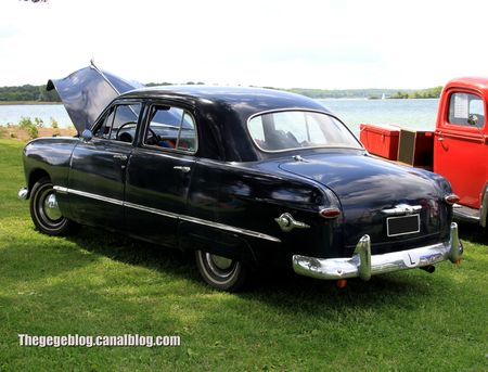 ford custom fordor sedan de 1949 (Retro Meus Auto Madine 2012) 02