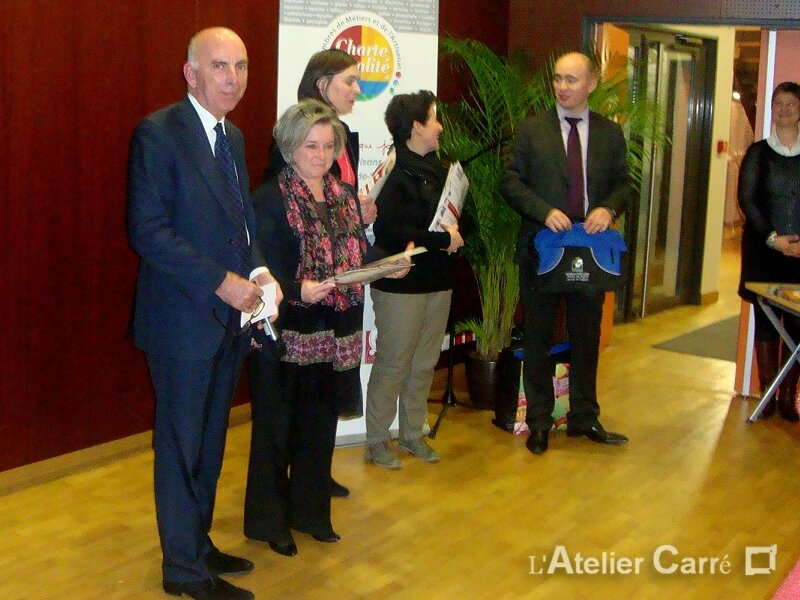 2015-02-03-remise-charte-qualite1