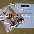 Signature d'Avril pour Caroline-The Avril Lavigne Foundation (automne 2012)
