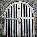 b. Portes & Fenêtres dans l'espace & le temps...