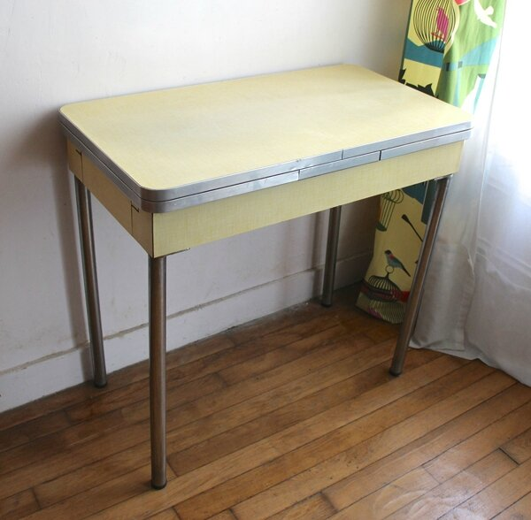 console-formica-vintage