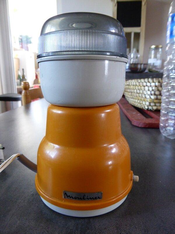 30-moulin à café
