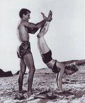 1952_ClashByNight_bikini_010_010_1