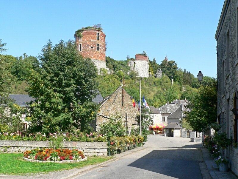 Hierges-et-son-château-2 photo 2016