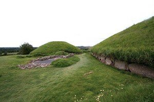 Newgrange_Knowth__16_a