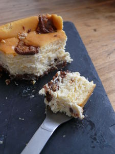 Cheesecake_aux_Snickers__14_