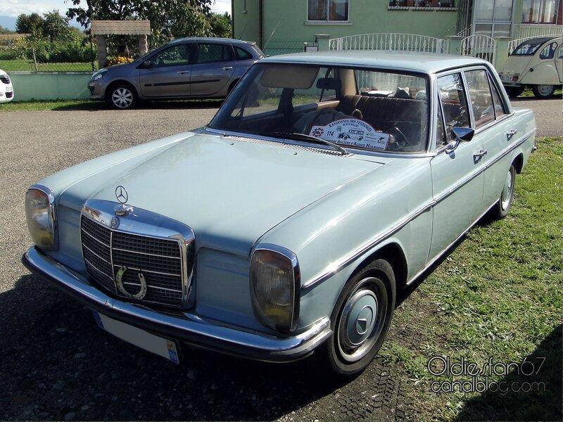 mercedes-220d-1971-01