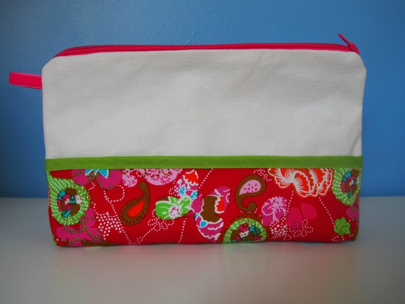 trousse ppmc rouge blanche