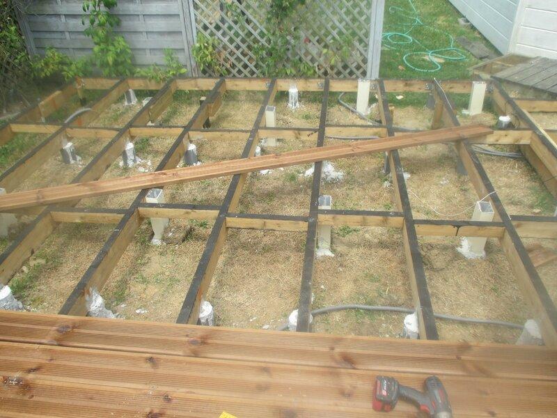Projet de travaux maison une terrasse bois comme on en - Lames terrasse bois pas cher ...