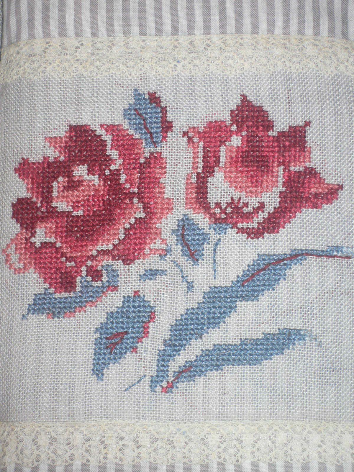 fleurs de digoin al sia au point de croix au coeur des anges. Black Bedroom Furniture Sets. Home Design Ideas