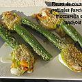 Fleurs de courgettes gratinées farcies à la mozzarella et à l'anchois