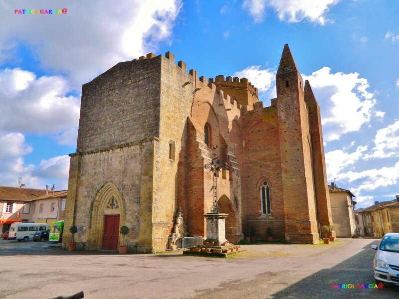 SIMORRE-EGLISE EXTERIEUR- 516 copie