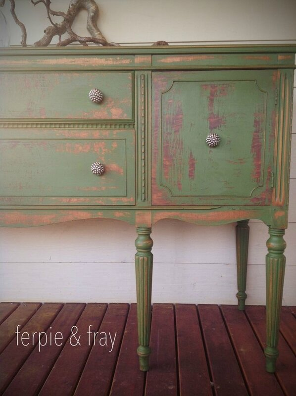 62a9f76da54ac8bf1be9058837f13be0--distressed-furniture-refinished-furniture