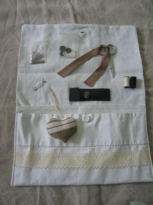 Trousse de couture decoplaisir for Trousse de couture ancienne