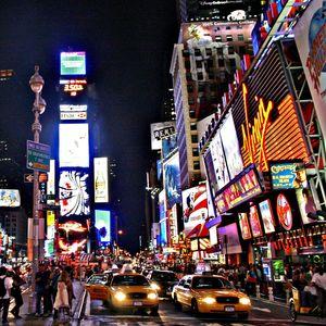 Time Square et tout ses métro, New York chez srat et gloewen (1)