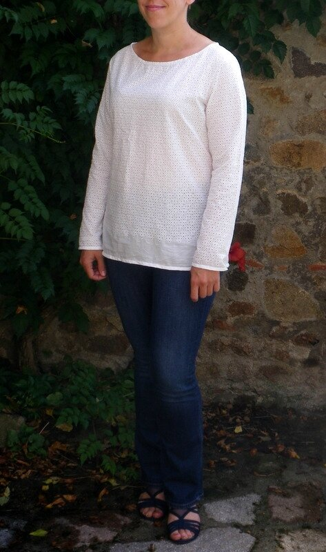 Confortable broderie anglaise (7)