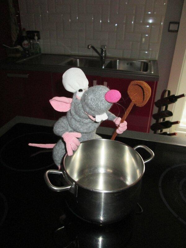 Rémy de Ratatouille en cuisine
