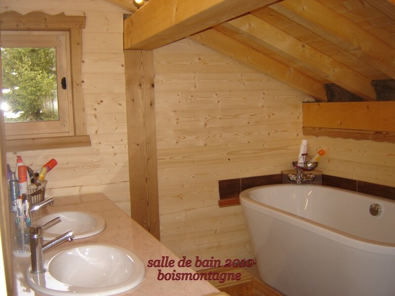 Int rieur chalet 072 photo de chalet poteaux poutres for De beukenhof antiek en interieur