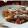 Comme une envie d'italie : pâtes tomates, épinards et speck grillé