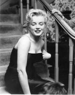1956-03-03-BeverlyGlenBoulevard-press_party-051-1-by_earl_leaf-1a