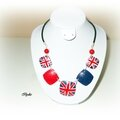 C142 (2013) Collier lentille carré drapeau united kingdom