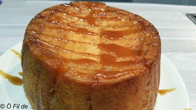 Charlotte aux pommes et son caramel au beurre salé (2)
