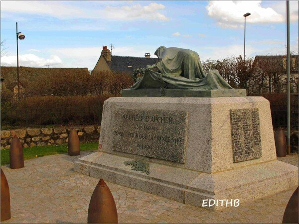 monument-morts-st-chely-d-apcher--18-