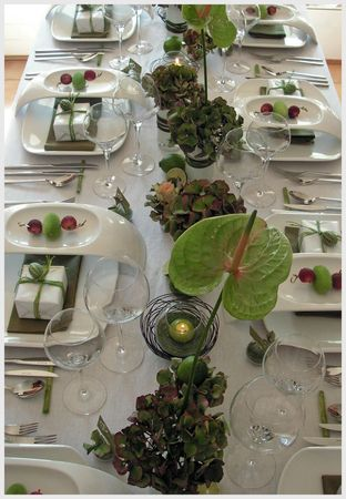 table_anni28