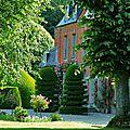 149812_1_le-chateau-du-mesnil-geoffroy_chateau-et-roseraie-du-mesnil-geoffroy