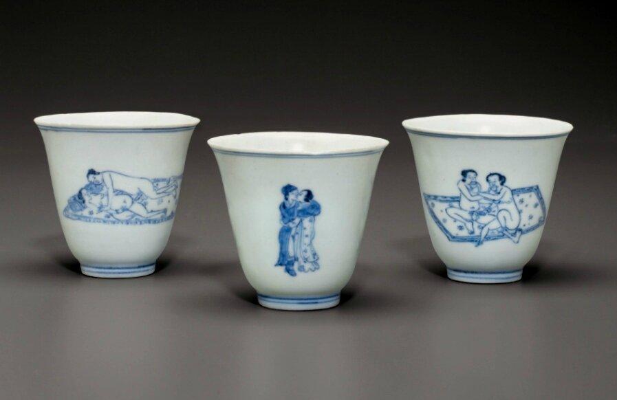 Three blue and white 'Love cups', Chongzhen period, circa 1643
