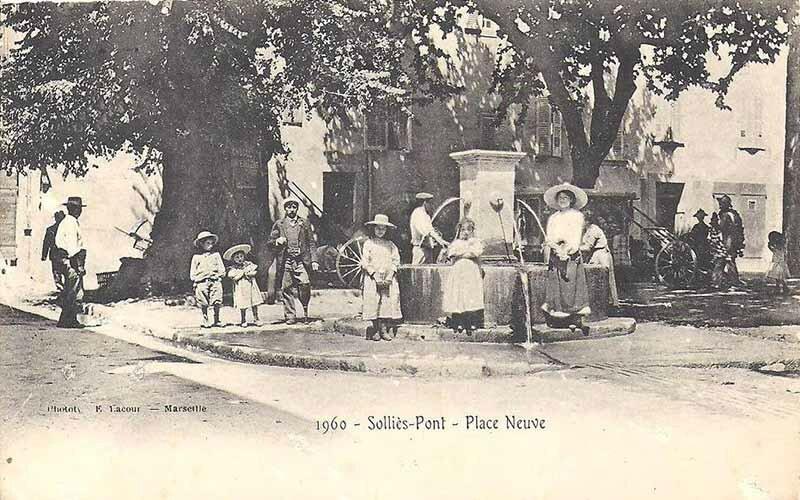 Solliès-Pont Place Neuve