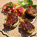 Galettes de poulet aux légumes du soleil avec des nouilles vidéo