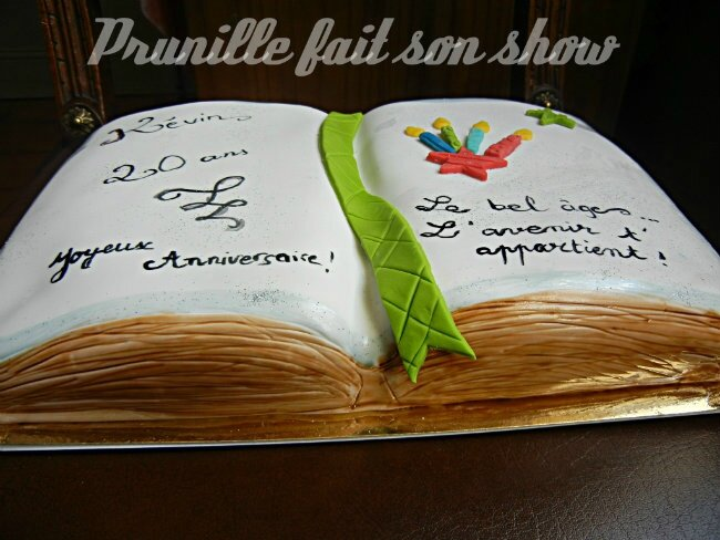 book cake prunillefee