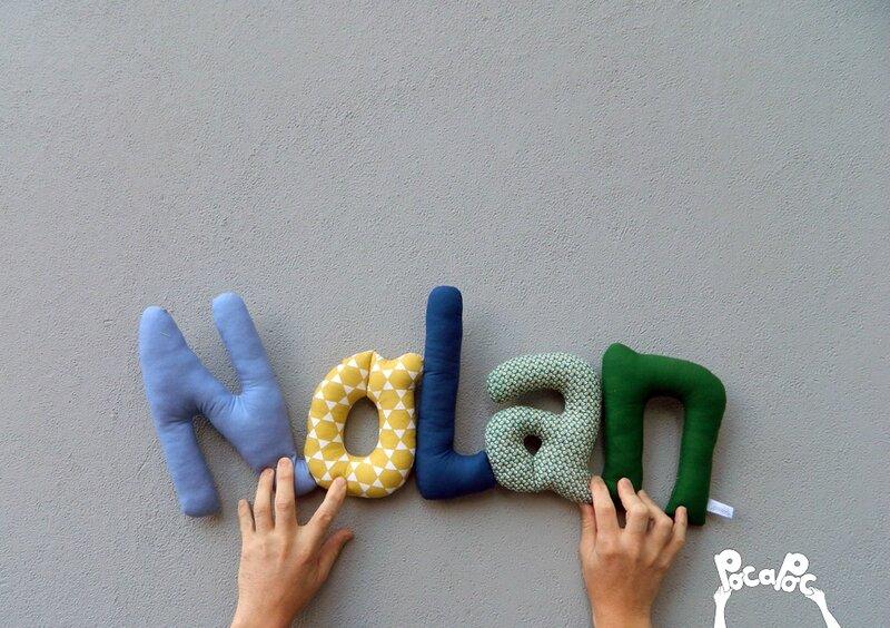 nolan, mot en tissu,mot decoratif,cadeau de naissance,decoration chambre d'enfant,cadeau personnalise,cadeau original,poc a poc blog