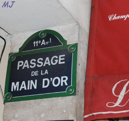 PASSAGE DE LA MAIN D'OR