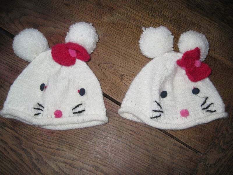 Bonnet H-Kitty pour jumelles par MP