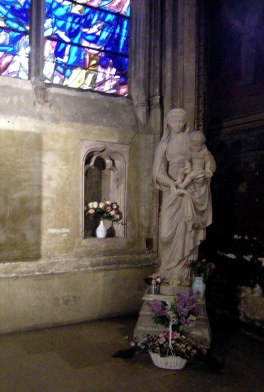 paris st severin 49