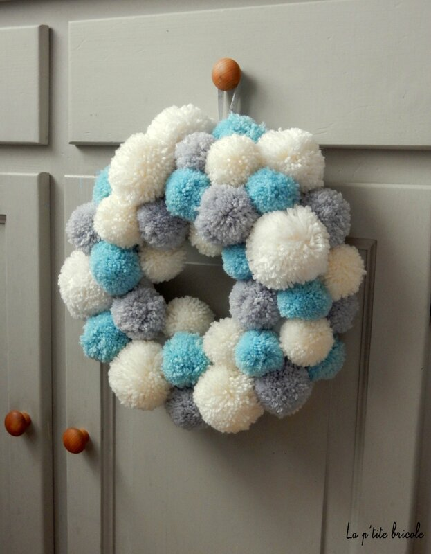 Couronne pompons 5