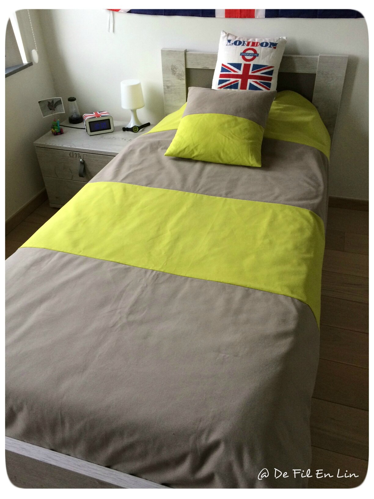 couture couvre lit et coussin pour mon fils dentelle et brocante. Black Bedroom Furniture Sets. Home Design Ideas