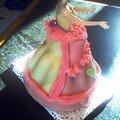 Gâteau barbie suite...