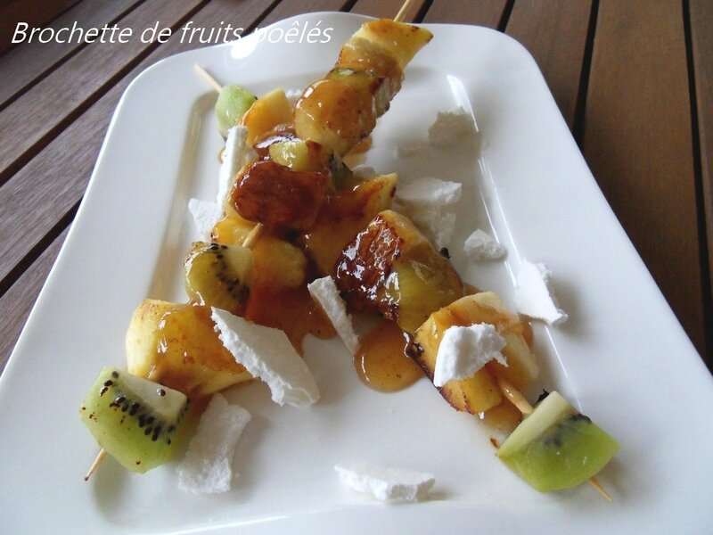 Brochette de fruits poêlés1