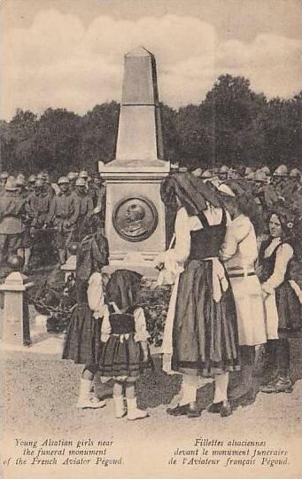 CPA Petit-Croix Monument Alsaiennes