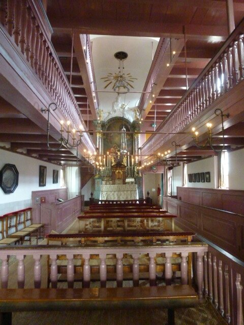 8i Eglise dans un Gd grenier