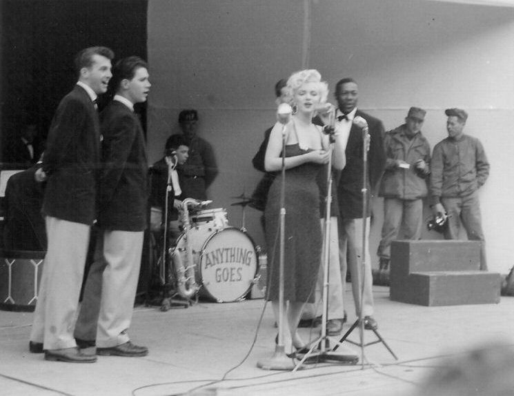 1954-02-17-stage_out-031-1