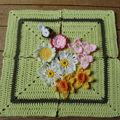 Des bouts de laine et des fleurs