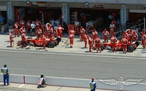 248F1_Indianapolis_2006_stands