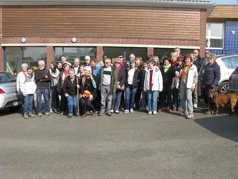 Sous le soleil de Nesle-Hodeng : la marche et l'assemblée générale bien suivies